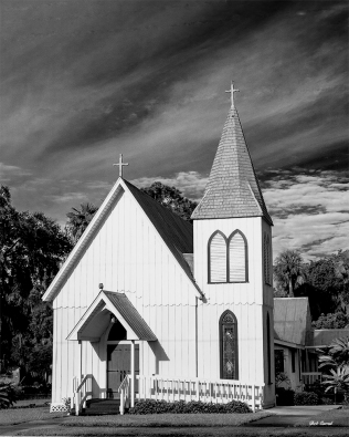 b&w photo of Holy Comforter church