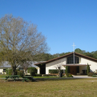 photo of St John the Baptist Catholic Church, Crescent City, FL