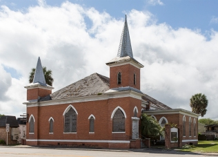 photo of boarded up church in Palatka, FL