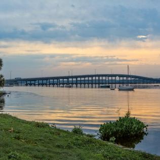 Photo of Palatka Bridge from West shore